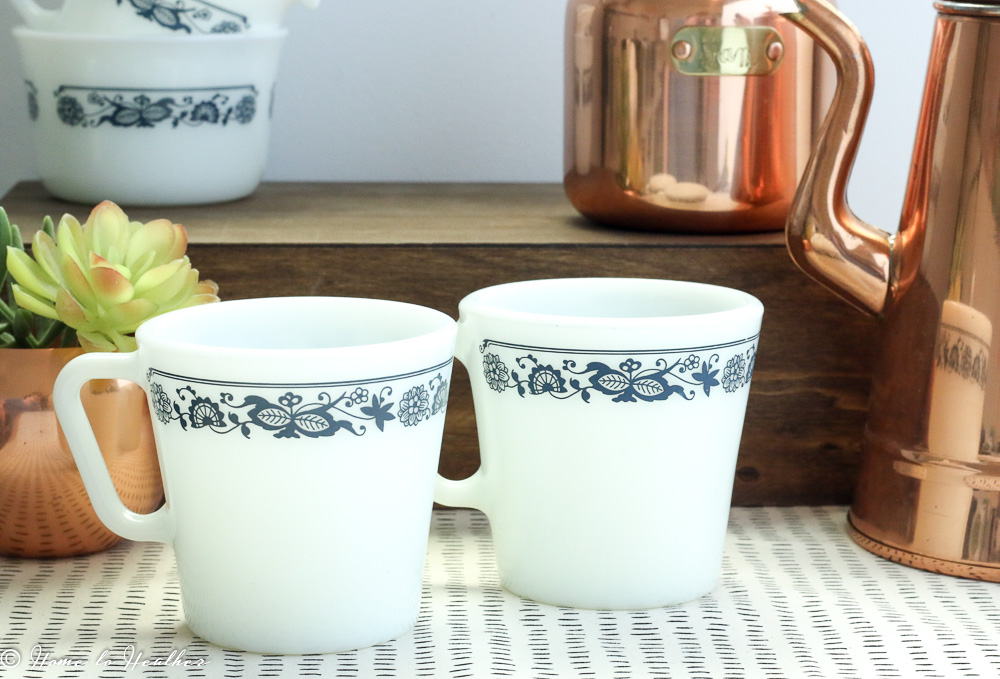 5f174ab1069 Pyrex Old Town Blue Coffee Mugs ...